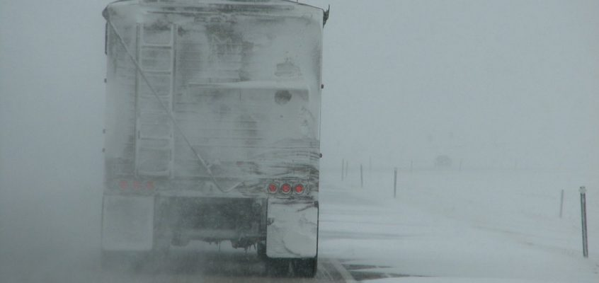 Travel Monday morning dangerous as snow and wind slowly taper